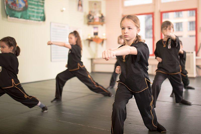 Kinder Kung Fu - Bogenstand, Schlag