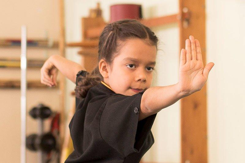 Kinder Kung Fu Handflächenstoss