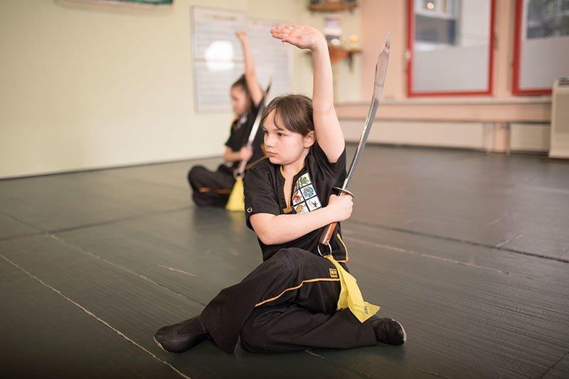 Kinder Kung Fu Schwertform