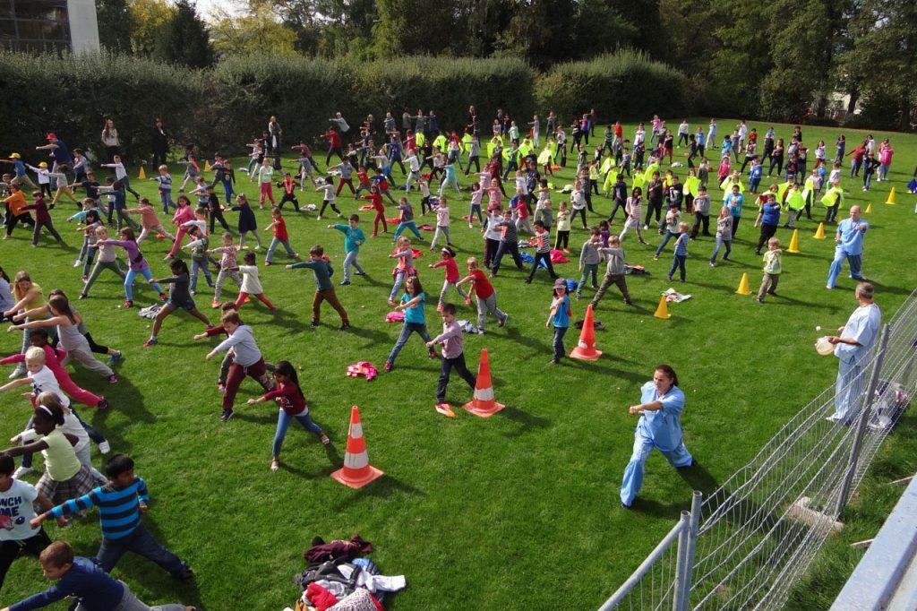 Kinder Kung Fu Projektwoche im Schulhaus Hinterwiden Kloten
