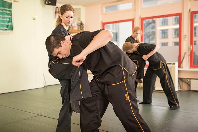 Wing Chun - Selbstverteidigung - Kniestoss
