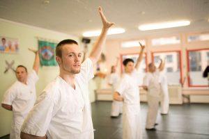 Qi Gong Ligung Schuler Übung
